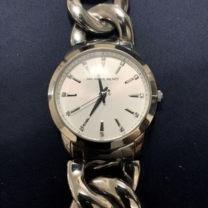 Michael Kors Runway Twist Chronograph Silver Watch
